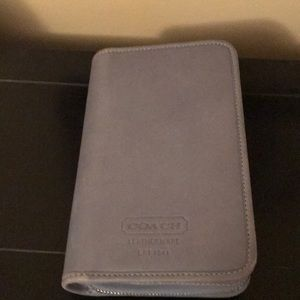 Coach wallet that has a great amount of storage